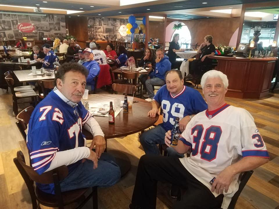 Jeff w Ken Jones and Lou Piccone @ Tailgate